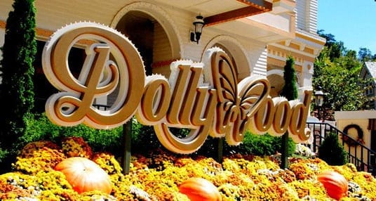 dollywood sign in the fall