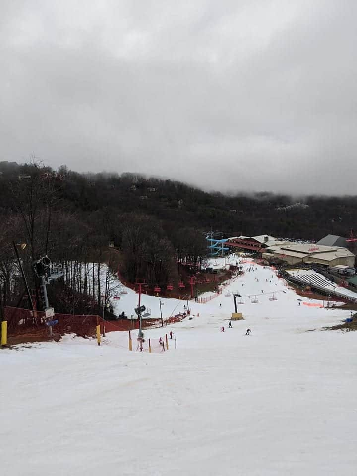 snow at ober gatlinburg ski slope